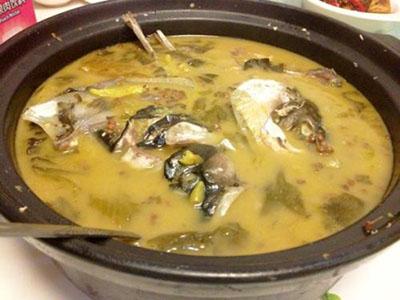 周渝食惦酸菜鱼